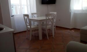 Apartman Mina, Apartments  Kotor - big - 4