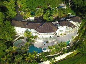 Villa Carpathia, Vily  Mount Irvine - big - 10
