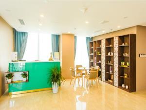 Adamo Hotel, Отели  Дананг - big - 72