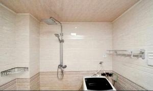 Beidaihe Luoyu Apartment, Appartamenti  Qinhuangdao - big - 12