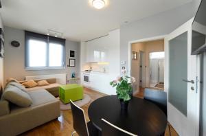 Apartment Precko Zagreb