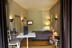 Hotel Arena, Hotely  Fréjus - big - 39