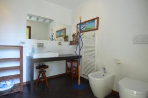 Little Dream House, Apartmány  Varenna - big - 10