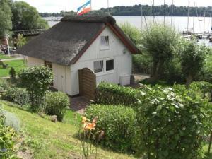 Sommerhaus am See - Römitzer Mühle