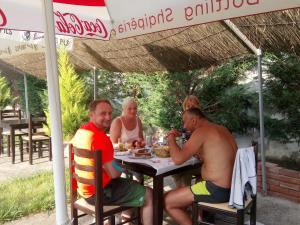 Guesthouse Villa Juri, Guest houses  Berat - big - 50