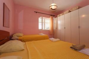 Apartments Antoneta, Apartments  Makarska - big - 38