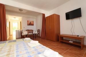 Apartments Antoneta, Apartmány  Makarska - big - 15