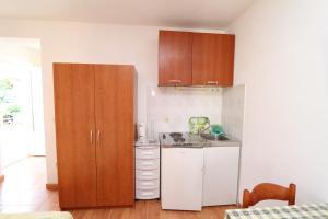 Apartments Antoneta, Apartments  Makarska - big - 53