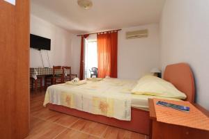 Apartments Antoneta, Apartments  Makarska - big - 48