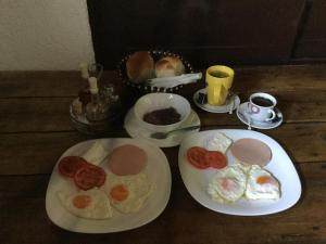 B&B Skadar Lake Murici, Отели типа «постель и завтрак»  Бар - big - 17