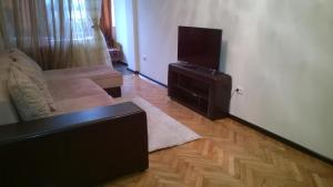 Apartment at Shogentsukova 19