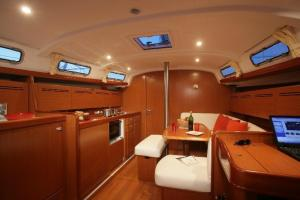 Arundel Yachting, Boote  Genua - big - 5