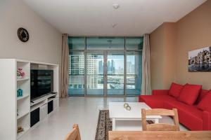 Windsor Manor by Deluxe Holiday Homes - Dubai