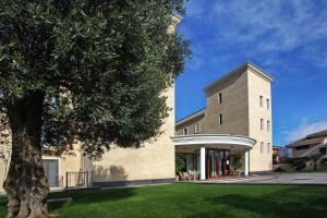 Prenota Hotel Le Torri