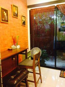 Na Tha Chang Home, Pensionen  Bangkok - big - 14
