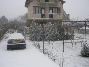 Villa Eka