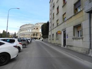 Apartment Colosseum Bozena