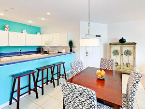 19829 Gulf Blvd Home Unit 102 Condo, Apartmány  Clearwater Beach - big - 9