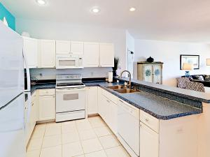 19829 Gulf Blvd Home Unit 102 Condo, Apartmány  Clearwater Beach - big - 7