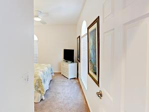 19829 Gulf Blvd Home Unit 102 Condo, Apartmány  Clearwater Beach - big - 2