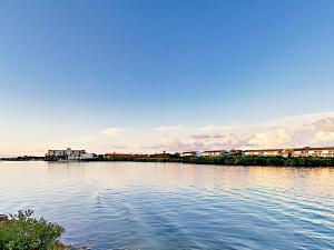 19829 Gulf Blvd Home Unit 102 Condo, Apartmány  Clearwater Beach - big - 1