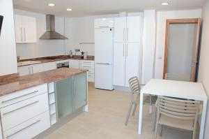AB Sant Antoni de Calonge, Apartments  Calonge - big - 33