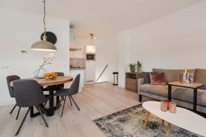 Windmill Apartment II by VGW(Utrecht)