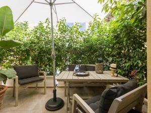 Santo Spirito Courtyard, Apartments  Florence - big - 1