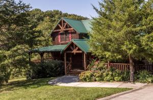 Owlpine Lodge - Three Bedroom, Holiday homes  Sevierville - big - 1