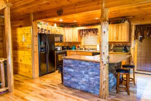 Owlpine Lodge - Three Bedroom, Holiday homes  Sevierville - big - 22