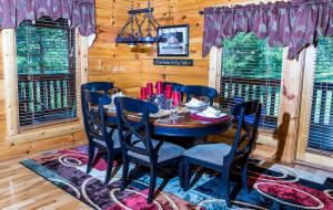 Owlpine Lodge - Three Bedroom, Holiday homes  Sevierville - big - 23