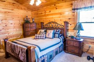 Owlpine Lodge - Three Bedroom, Holiday homes  Sevierville - big - 31