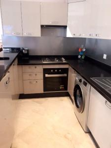 Appartement Hivernage B4, Apartmány  Agadir - big - 13