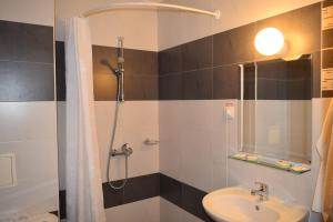 Hotel Eva, Hotel  Ravda - big - 26