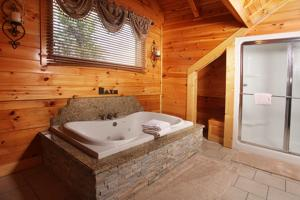 Serenity Mountain Pool Lodge - Nine Bedroom, Ferienhäuser  Sevierville - big - 16