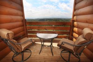 Serenity Mountain Pool Lodge - Nine Bedroom, Ferienhäuser  Sevierville - big - 33