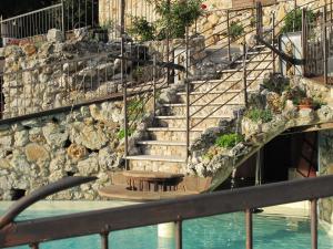 Umbria Volo Country Resort, Holiday homes  Montecastrilli - big - 54