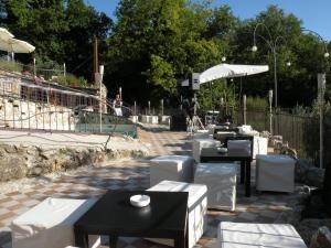 Umbria Volo Country Resort, Holiday homes  Montecastrilli - big - 48