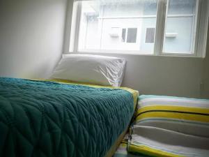 George Place, Apartments  Manila - big - 59