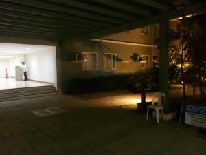 George Place, Apartments  Manila - big - 45