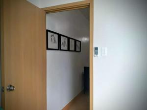 George Place, Apartments  Manila - big - 34
