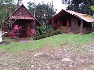 A Picture of Cabañas Rio Celeste