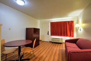 Motel 6 - Tupelo