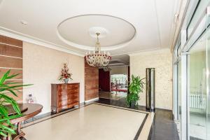 Hotel Aristokrat, Szállodák  Beloozerszkij - big - 97