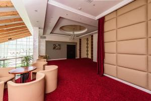 Hotel Aristokrat, Отели  Белоозерский - big - 84