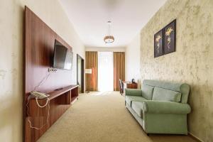 Hotel Aristokrat, Отели  Белоозерский - big - 13