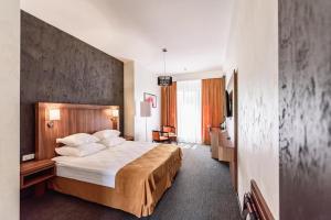 Hotel Aristokrat, Отели  Белоозерский - big - 78