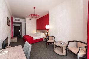 Hotel Aristokrat, Отели  Белоозерский - big - 27