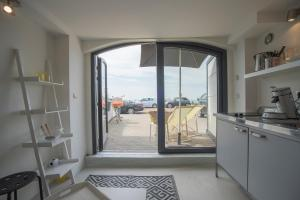View with a room(Zandvoort)
