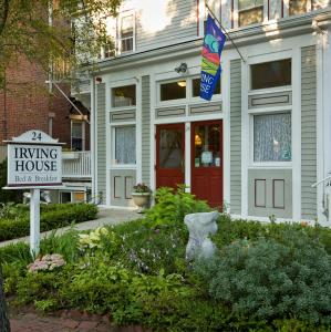 Nearby hotel : Irving House at Harvard